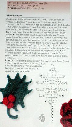 tuto crochet du houx Marque-pages Au Crochet, Crochet Angels, Crochet Motifs, Crochet Amigurumi, Freeform Crochet, Crochet Crafts, Crochet Leaves, Crochet Flowers, Bouquet Crochet