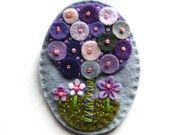 Tree Felt Brooch.  I'm not into brooches but this looks so Eastery and cute.