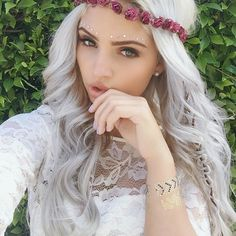 Images and videos of gorgeous blonde hair Balayage Blond, Blonde Hair, Grey Hair, Carrington Durham, Scene Haircuts, Pixie, Coachella Makeup, Gorgeous Blonde, Messy Hairstyles