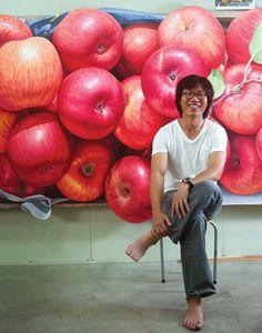 사과 그림만 그리는 작가? 윤병락의 사과 그림 : 네이버 블로그 Apple Painting, Fruit Painting, Acrylic Painting Canvas, Gouache Painting, Hyper Realistic Paintings, Realistic Drawings, Painting Lessons, Painting Tips, Artisan Works