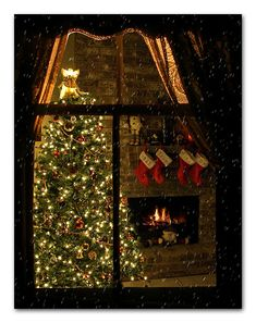 Prim Christmas...'Twas The Night Before Christmas...by Ms Ladyred, via Flickr.