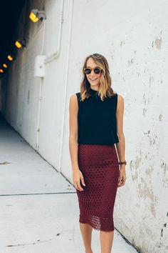 fall outfits - maroon skirt, black tank