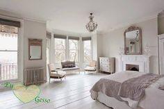 Decoração de Quarto com Lareira / Bedroom with Fireplace Decoration