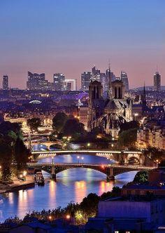 Paris, France... tutta la magia di Parigi in notturna... settembre 2014...