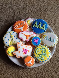 Those are some serious Tri Delta cookies!