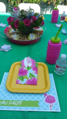 Place settings at a Hawaiian luau birthday party! See more party planning ideas at CatchMyParty.com!