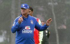 Primeiro Treino da Seleção, Felipão em alta.