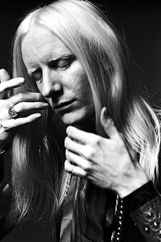 patti smith, debbie harry, and robert mapplethorpe check back into the chelsea hotel | Johnny Winter by Norman Seeff