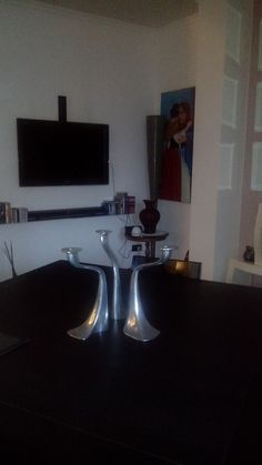 Dining room table with chandelier