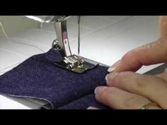 Bernina Jeans Foot #8 / #8D - YouTube