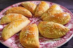 Greek Desserts, Greek Recipes, Greek Pita, Greek Cooking, Think Food, Holiday Recipes, Good Food, Easy Meals, Kitchens
