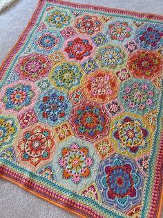 Crochet Afghans 800655639986654799 - Persian Tiles Eastern Jewels Source by lucynajada Crochet Mandala Pattern, Granny Square Crochet Pattern, Afghan Crochet Patterns, Crochet Granny, Knitting Patterns, Crochet Afghans, Crochet Edgings, Crochet Squares Afghan, Crochet Bedspread