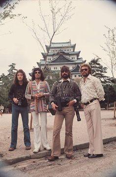 Brian May, John Deacon, Queen Lead Singer, Queens Wallpaper, Queen Aesthetic, Roger Taylor, You're Hot, Queen Freddie Mercury, Queen Band