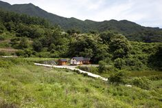 House in Macheon | studio_GAON | Architects: Hyoungnam Lim & Eunjoo Roh | Photo: Youngchae Park | Archinect