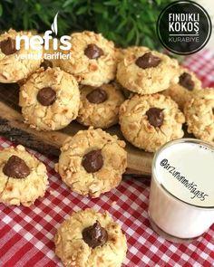 Pin by meral yuksek on Kurabiyeler in 2020 Eclair Cake Recipes, Sponge Cake Recipes, Moon Food, Cookie Videos, Tea Cookies, Thumbprint Cookies, Italian Cookies, Eclairs, Low Sugar