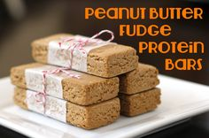 Healthy Homemade Peanut Butter Fudge Protein Bars (no bake) For a healthy fat loss meal plan visit: http://workoutanywhere.net/meal-plans/