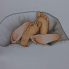 Mejor si no les vemos, mejor si no nos ven, mejor despiertan juntos y descalzos nuestros pies. (Tontxu - Angel de puntillas)