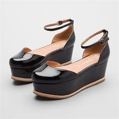 flat platform shoes. super.