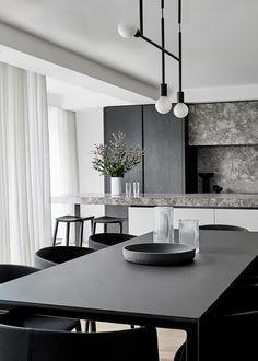 Monochrome Interior, Black Interior Design, Contemporary Interior Design, Interior Design Living Room, Modern Home Interior, Black Room Design, Black And White Interior, Contemporary Apartment, Studio Interior