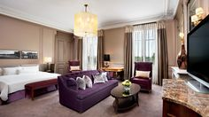 Replenish your energy in the Junior Suite with view at the Westin Paris