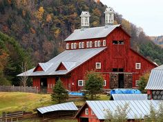 Vermont barn. Wow, doesn't get more picturesque than that.