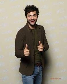 I was standing next to Matt when he was posing for these! Matthew Daddario, Shadowhunters Series, Alec Lightwood, Family Outing, Shadow Hunters, The Mortal Instruments, Favorite Person, Sexy Men, Hot Men