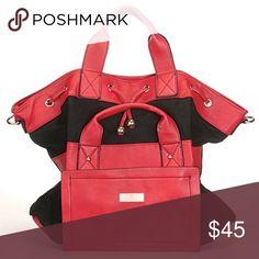 Women's bag Top Zip closure, Double shoulder strap, Adjustable shoulder strap, back wall zip pocket Arayana Bags Totes