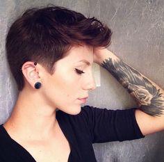 Pixie hair cut, pixie cut, pixie hair style, short hairstyle, girls with short hair, girls with tattoos, short hair and tattoos, pixie up do