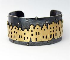 "aletta teunen ""canal by night"" Custom Jewelry, Jewelry Art, Gold Jewelry, Jewelery, Fine Jewelry, Jewelry Design, Metal Bracelets, Bangle Bracelets, Bangles"