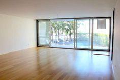 Apartamento T3 | 550.000 € | Usado | 144 m²   http://www.squarecarnaxide.imobiliario.com.pt