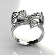 Very cute bow ring!