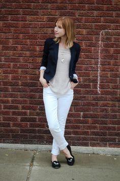 Sidewalk ready. Cute, casual wardrobe ideas on this blog.