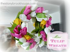 DIY Mini Tulip Wreath www.thestonybrookhouse.com
