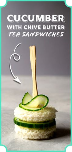 Dainty and easy-to-make cucumber sandwiches with chive butter. Get step-by-step directions on how to make this simple yet delicious savory. Its perfect for tea time! Easy Finger Sandwiches, Tea Party Sandwiches Recipes, High Tea Sandwiches, Tee Sandwiches, Cucumber Tea Sandwiches, Party Recipes, Subway Sandwich, Baby Shower Food Easy, Afternoon Tea Recipes