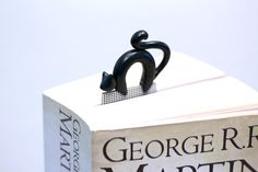 Black cat bookmark polymer clay animal simple by NellinShoppi, €20.00