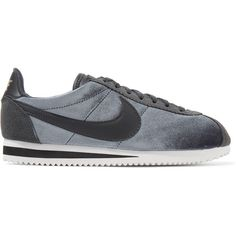 Nike Classic Cortez suede and leather-trimmed velvet sneakers (785 NOK) ❤ liked on Polyvore featuring shoes, sneakers, anthracite, grip shoes, grip trainer, lace up shoes, nike sneakers and suede sneakers
