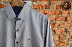 Quinta é dia de um rolézinho...  Quem sabe dá um passadinha aqui na Medianeira para dar uma curtida na coleção de camisa da Carlos Brusman!?  Estamos até as nove da noite esperando vocês!!  #UseMedianeira