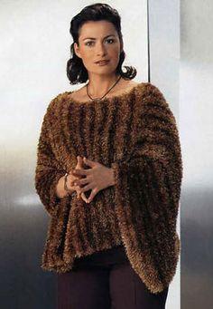 НАКИДКА для полных Вам потребуется: 350 г коричневой меланжевой пряжи Brazilia Fantasy Color (100% полиэстера, 90 м/50 г); круговые спицы № 5-5,5. Платочна Gilet Crochet, Knitted Shawls, Crochet Top, Bolero, Knitwear Fashion, Crochet Fashion, Handmade Clothes, Crochet Clothes, Cardigans For Women