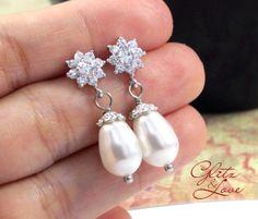 Dainty Wedding Bridal Earrings, Bridesmaid jewelry, bridesmaid earrings, flower cz stone ear post, cubic, Teardrop pearl, Cubic Zirconia Crystal, Sparkly Earrings, silver