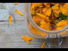 Jak zrobić olejek z kwiatów nagietka? - YouTube
