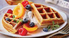 Fluffy Waffles, Crepes And Waffles, Breakfast Waffles, Rainbow Waffles, My Best Recipe, Food Photo, Granola, Sweet Recipes, Good Food