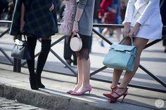 75 | I'M KOO Valentino Rockstud Shoes, Mira Duma, New York Street, Miroslava Duma, Beautiful Bags, Tomboy, Fashion Details, Street Fashion, Street Style