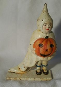 So sweet CAST IRON HALLOWEEN GIRL GHOST