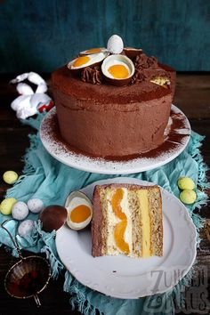 Easter cake with eggnog and apricots - tongue circus- Ostertorte mit Eierlikör und Aprikosen – Zungenzirkus Easter cake with eggnog and apricots – tongue circus - Dessert Oreo, Oreo Desserts, Peanut Butter Desserts, Fancy Desserts, Strawberry Desserts, Lemon Desserts, No Bake Desserts, Dessert Recipes, Easter Recipes