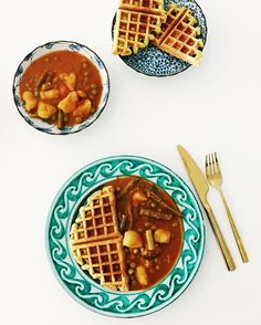 Struggling to hide my waffle addiction... there are just so many different ones to try! These are made with besan flour and spices (turmeric salt chilli cumin and amchur) with some fruit salt thrown in at the end.... actually just leftover batter from my batata vadas.  Perfect with vegetable curry   #spicemama #indianfood #indiancuisine #glutenfree #veganfriendly #besan #waffles #healthyfood #cleaneating #perthfood #perthfoodie #indianfoodbloggers #saveur #f52grams #feedfeed #food…
