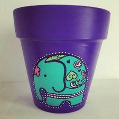 Flower Pot Art, Flower Pot Design, Clay Flower Pots, Painted Plant Pots, Painted Flower Pots, Painting Wicker Furniture, Decorated Flower Pots, Pottery Painting Designs, Clay Pot Crafts