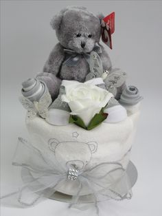 Neutral nappy cake gift - http://www.ebay.co.uk/itm/-/201618822721?ssPageName=STRK:MESE:IT
