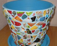 Mosaic Flower Pots, Mosaic Pots, Painted Flower Pots, Pebble Mosaic, Mosaic Diy, Mosaic Garden, Painted Pots, Mosaic Tiles, Garden Art