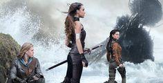 """Gewinne """"The Shannara Chronicles"""" auf DVD - Bis zum 1. Mai verlost Pointer zweimal die erste Staffel von """"The Shannara Chronicles"""" plus Buch."""