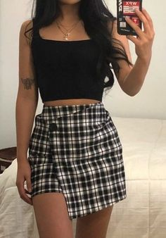 Teen Fashion Outfits, Retro Outfits, Girly Outfits, Cute Casual Outfits, Simple Outfits, Skirt Outfits, Look Fashion, Stylish Outfits, Grunge Outfits